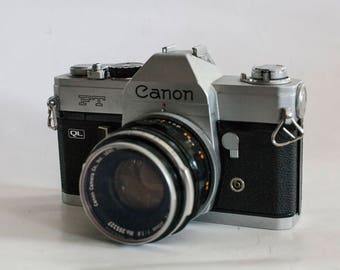 Canon FT Ql + 50mm 1.8