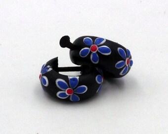 Earrings hoops piercing wooden flower pattern