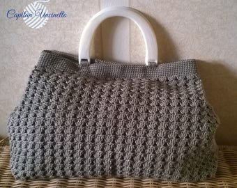 Crochet bag worked in fine Egyptian cotton