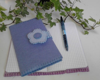Complete set of creative sewing in wool felt. Protects notebook 18.5 x 11 cm, 4 colors available to make yourself