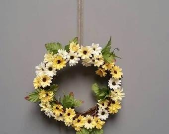 Sunflower mini window hanging wreath.