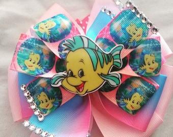 Flounder bow