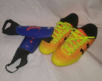Kids Under Armour Blur lll Soccer Cleats Youth Size 4.5Y Orange,and Yellow Adidas Blue and orange shinguards