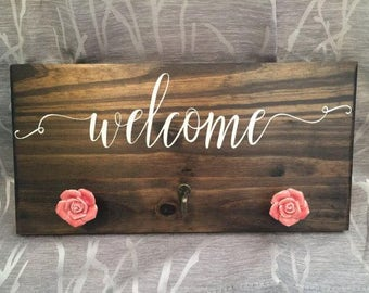 Rustic Welcome Sign and Hooks