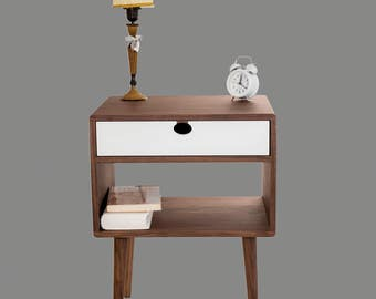 Bedside table Walnut/oak solid 1G1CB Mind Century