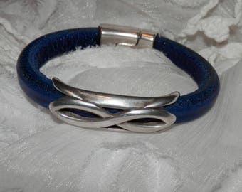 Deep Royal Blue 10 X 6mm Leather Bracelet