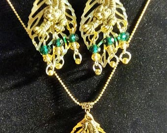 Tiger Dangle and Chain Necklace