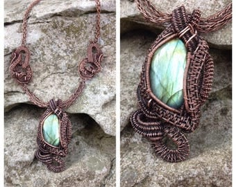 wire wrapped -copper necklace -Viking necklace-Viking knit- crystal necklace, green labradorite stone