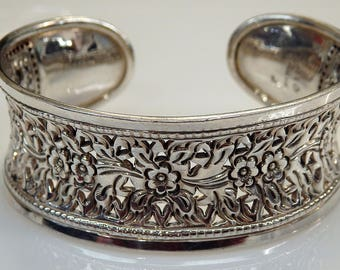 Sterling Silver Flowers Filigree Design Concave Shaped Cuff