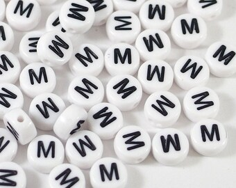 100 white letter beads *M*, alphabet beads, 7mm