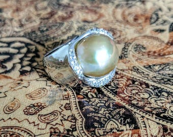 Champagne Baroque Pearl & White Sapphire Ring, size 7 US, Solid 925 Sterling Silver, Rhodium