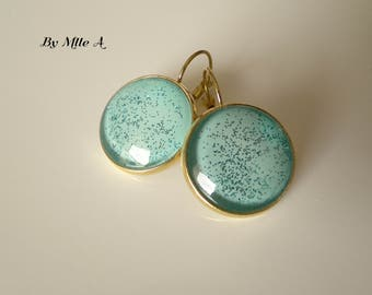 Earrings green glossy of water and glitter
