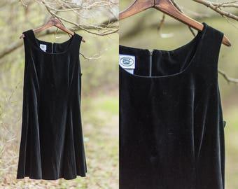 Hattie dress | velvet 1990s black dress | vintage black velvet dress