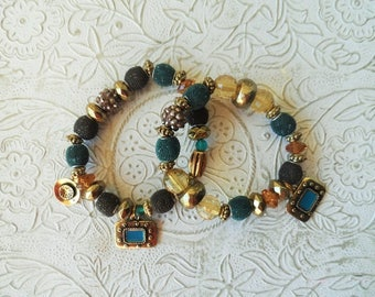 Set of 2 beaded charm bracelets