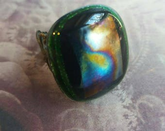 Stunning emerald green and iridescent diachroic fused glass Ring on a filigree base.