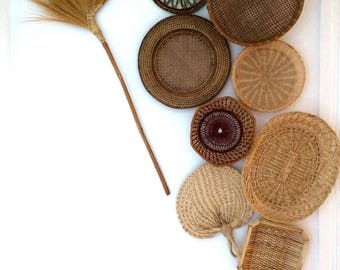 Set of wall baskets.