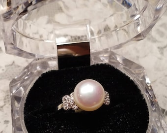 Classic style fresh water pearl ring