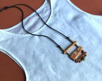 Ceramic necklace, ethnic style.
