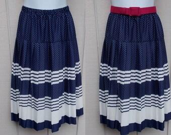 70s vintage Navy Blue & White pleated secretary skirt / Polka Dot and Striped / 26 27 inch waist / Sml