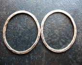 Hammered Organic Oval Links in Antiqued Sterling - 1 pair - 25 by 20mm 14 gauge