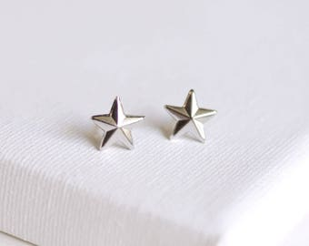 SALE . nautical star stud earrings . silver star earrings . simple star studs . star jewelry . nautical jewelry . tiny star studs // 2WISH