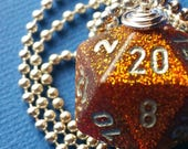 NEW STYLE - Dungeons & Dragons - D20 Die Necklace - Glitter Gold/Silver