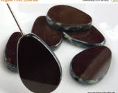 25% OFF Sale Czech Glass Beads 18mm Opaque Chocolate Brown  Picasso - 6 (G - 586)