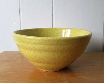 vintage speckled yellow ceramic bowl