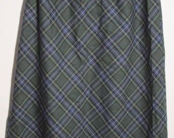 PENDLETON Tartan Plaid Skirt Green A Line Knee Virgin Wool Preppy Career Oregon Mills USA Sz 8