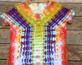 Womens XL Tie Dye Vneck Shirt