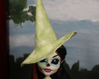 Sprigs Witch Hat for Slim Monster and Fashion Dolls