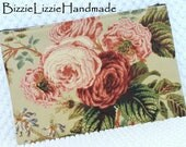 Shabby Country Roses Extra Large Flat Zipper Pouch, Ladies Zippered Clutch Handbag, Boho Cottage Chic Floral Accessory Bag in Pink and Green