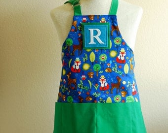 Kids Apron / Toddler Ages 2-6 Personalized Letter  -Woodland Creatures Reversible Apron with Wave Pockets