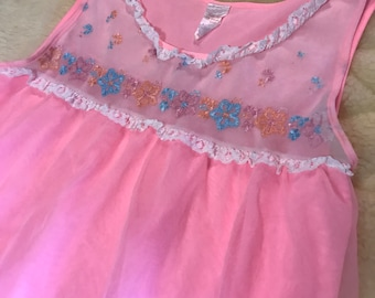 Bubblegum Pink Babydoll Nightie with Embroidered Detailed Bodice • 100% Nylon • Size Large • Made in USA