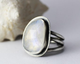 Tangled Rainbow Moonstone Statement Ring in sterling silver size 8 modern cocktail ring faceted rose cut grape