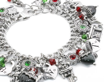 Silver Christmas Jewelry - Santa Charm Bracelet - St. Nick Jewelry - Engraved Santa Heart - Holiday Jewelry