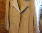 Vintage London Fog Maincoats Rain Coat Tan Trench Coat Size 14P Retro Great Condition