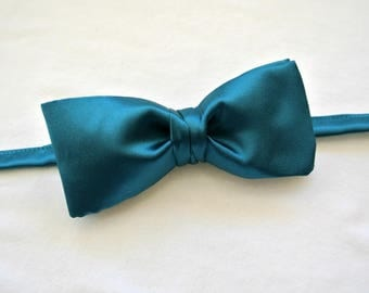 Blue Bow Tie , Solid Color Peacock Blue Bowtie , Pre-tied Clip-on/Adjustable , Men's Prom , Gift for Dad , Satin Taffeta
