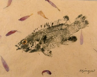 ORIGINAL 8 X 10 Matted Salt Water real Cunner GYOTAKU Beach House fishing Art ( Fish Rubbing ) on hand made Paper