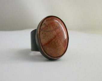 Rustic copper ring with Picasso jasper cabochon - copper jewelry- size 9.5 US - rustic jasper ring- stone ring - men's ring
