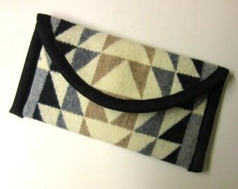Wallet Clutch Bag Southwest Print Blanket Wool from Pendleton Woolen Mills Magnetic Snap Closure