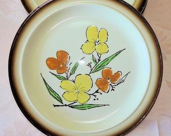 Vintage Homer Laughlin 4 Dinner Plates Yellow Orange Flower HLC2201 Hand Colored