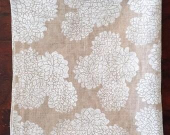 white mums. block printed linen napkins. set of two.