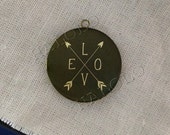 Love and Arrows round antique brass locket 32mm  (LD210)