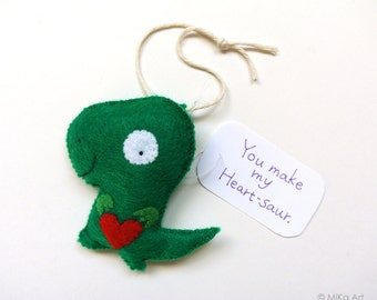 Dinosaur Ornament Dinosaur Geek Gift Dino Wall hanging Dinosaur Home Decor Funny Gift for Her Gift for Him Felt Dinosaur Cute Dinosaur Gift