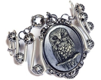 Neo Victorian Steampunk Jewelry - Bracelet - Silver Owl Cameo