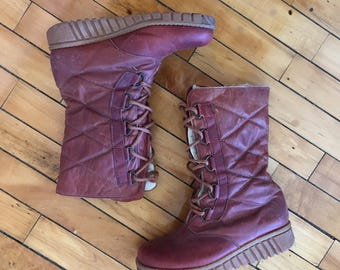 Vintage 70s oxblood shearling leather snow boots by Winter Walkers by Mondl size 7.5