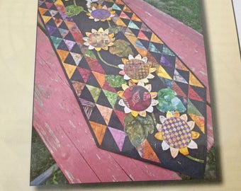 Vintage Flower Ballet Scrap Therapy Quilt Table Runner, Uncut, Excellemt condition
