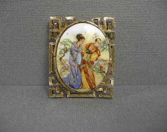 vintage pendant or brooch, romantic couple scene, Japanese couple, lovers, Asian motif, ceramic in gold tone frame, printed scene