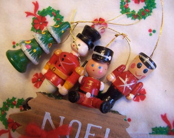 three little soldiers and a tree ornaments